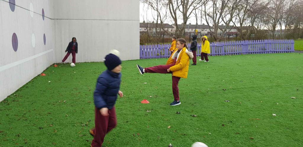 Ms.Riordans 3rd class enjoying GAA training today