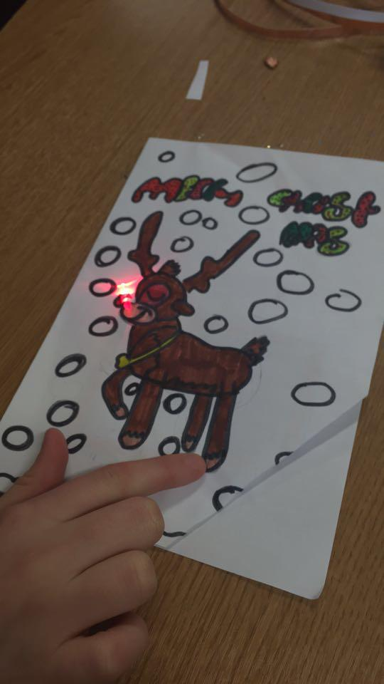 Making light up Christmas cards in 6th Class
